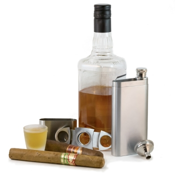 Perfect Pregame Cigar Flask With Funnel and Cigar Cutter
